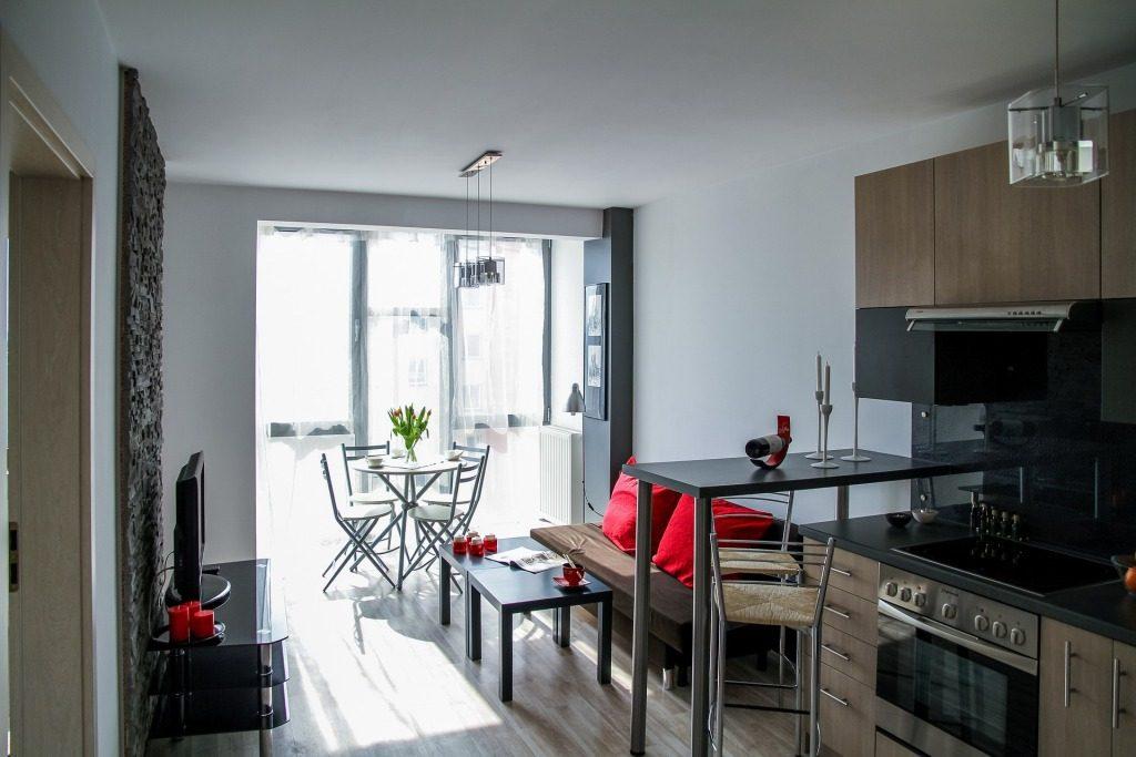 apartment-2094701_1920